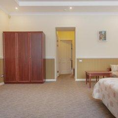 Мини-Отель Consul Люкс с различными типами кроватей