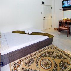 Отель Riski residence Bangkok-noi Таиланд, Бангкок - 1 отзыв об отеле, цены и фото номеров - забронировать отель Riski residence Bangkok-noi онлайн комната для гостей фото 4