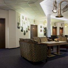 Отель Melody Hostel Польша, Познань - отзывы, цены и фото номеров - забронировать отель Melody Hostel онлайн интерьер отеля фото 2
