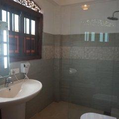 Отель Thaproban Beach House 3* Стандартный номер с различными типами кроватей фото 8