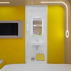 Отель Hôtel Odyssey by Elegancia 3* Стандартный номер с различными типами кроватей фото 4