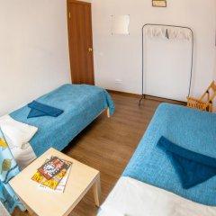 Хостел Angel Court Yard Кровать в общем номере двухъярусные кровати фото 29