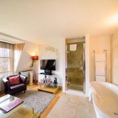 Hotel Una 4* Улучшенный номер с различными типами кроватей фото 2