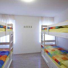 Pozitiv Hostel Кровать в общем номере с двухъярусной кроватью фото 16
