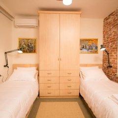 Отель Artistic Tirana 3* Стандартный номер с 2 отдельными кроватями фото 4