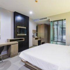 At Patong Hotel 4* Номер Делюкс двуспальная кровать фото 5