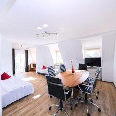 Отель ArtHotel City 3* Люкс с различными типами кроватей фото 4