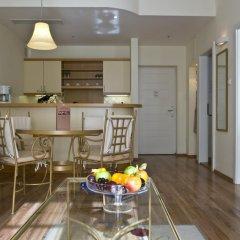 Отель Mamaison Residence Izabella Budapest 4* Люкс с различными типами кроватей фото 3