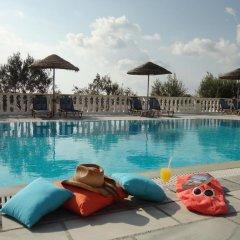 Отель Nikolas Villas Aparthotel Греция, Остров Санторини - отзывы, цены и фото номеров - забронировать отель Nikolas Villas Aparthotel онлайн бассейн фото 2