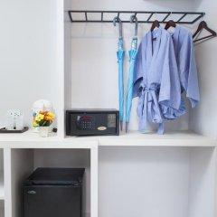 Отель The Crib Patong 3* Улучшенный номер с двуспальной кроватью фото 7