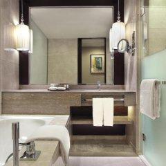Sheraton Guangzhou Hotel 5* Номер Делюкс с различными типами кроватей фото 5
