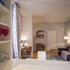 Отель Saint Honore Apartment Франция, Париж - отзывы, цены и фото номеров - забронировать отель Saint Honore Apartment онлайн комната для гостей фото 2