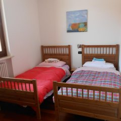 Отель Il Glicine sul Garda B&b Монцамбано комната для гостей фото 4