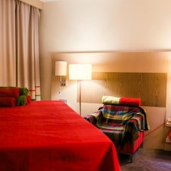Гостиница Park Inn Астрахань комната для гостей