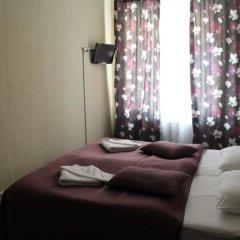 Гостиница Дом Бенуа Стандартный номер с 2 отдельными кроватями (общая ванная комната) фото 6