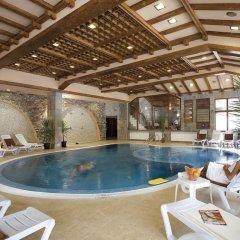 Отель Perelik Palace Болгария, Чепеларе - отзывы, цены и фото номеров - забронировать отель Perelik Palace онлайн бассейн фото 2