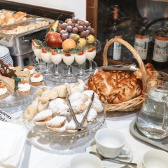 Гостиница Губернаторъ в Твери 5 отзывов об отеле, цены и фото номеров - забронировать гостиницу Губернаторъ онлайн Тверь питание
