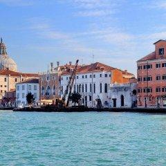 Отель Charmsuite Palladio Венеция приотельная территория фото 2