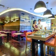 Отель Novotel Bangkok On Siam Square 4* Представительский номер с различными типами кроватей фото 8