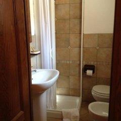 Отель Casa Vacanze Sotto l'Arco Читтадукале ванная