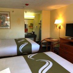 Отель Quality Inn Sarasota North 2* Стандартный номер с различными типами кроватей фото 4