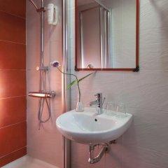 Отель Hostal Astoria Стандартный номер с различными типами кроватей фото 5