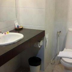 Отель Naris Art Паттайя ванная фото 2