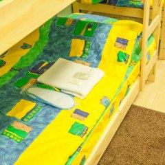 Мини-Отель Компас Кровать в мужском общем номере с двухъярусной кроватью