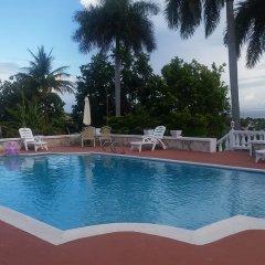 Отель The Retreat @ A Piece Of Paradise Кровать в общем номере с двухъярусной кроватью фото 15
