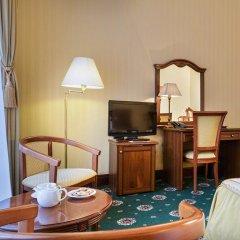 Гостиница Айвазовский Улучшенный номер с 2 отдельными кроватями фото 5