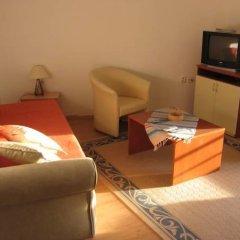 Отель Guesthouse Maslinjak 3* Апартаменты с различными типами кроватей