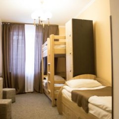 Гостиница Skarbek's Кровать в общем номере