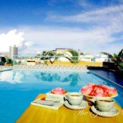 Отель The Garden Place Pattaya бассейн