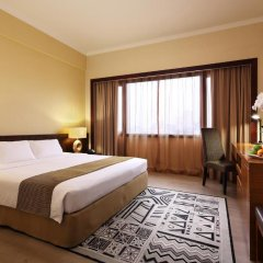Village Hotel Bugis 4* Улучшенный номер с двуспальной кроватью