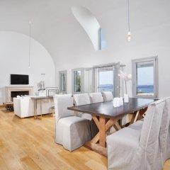 Отель Akrotiri Private Residence Греция, Остров Санторини - отзывы, цены и фото номеров - забронировать отель Akrotiri Private Residence онлайн помещение для мероприятий