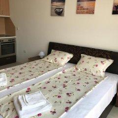 Отель Teddy House Болгария, Свети Влас - отзывы, цены и фото номеров - забронировать отель Teddy House онлайн комната для гостей фото 2