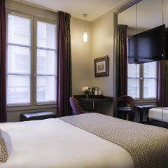 Отель Hôtel de Neuve Le Marais by Happyculture 3* Стандартный номер с двуспальной кроватью фото 3