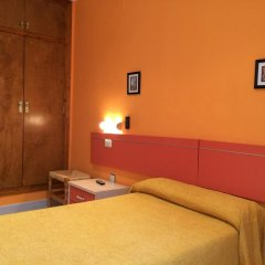Отель Hostal Los Valles Стандартный номер с различными типами кроватей фото 2