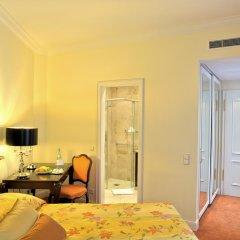 Отель Bülow Palais 5* Номер Комфорт с двуспальной кроватью