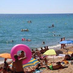 Отель Camping Bella Terra Испания, Бланес - отзывы, цены и фото номеров - забронировать отель Camping Bella Terra онлайн пляж фото 2