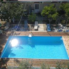 Creta Hostel бассейн фото 3