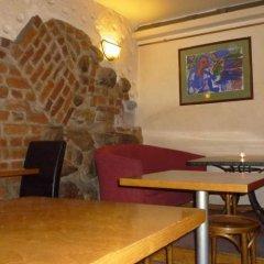 Отель Academus - Cafe/Pub & Guest House интерьер отеля фото 2