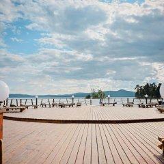Гостиница Золотой пляж в Миассе 4 отзыва об отеле, цены и фото номеров - забронировать гостиницу Золотой пляж онлайн Миасс бассейн фото 2