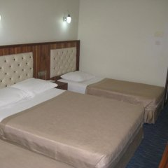 Miroglu Hotel 3* Стандартный семейный номер с двуспальной кроватью