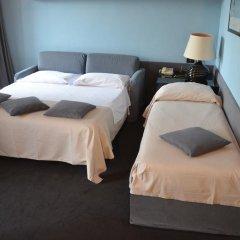 Hotel Britannia 3* Стандартный семейный номер с разными типами кроватей фото 3