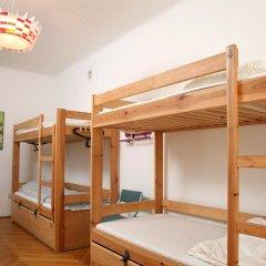 Fest Hostel Кровать в общем номере фото 6