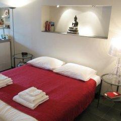 Отель Amsterdam Canal Guest Apartment Нидерланды, Амстердам - отзывы, цены и фото номеров - забронировать отель Amsterdam Canal Guest Apartment онлайн комната для гостей