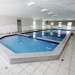 Отель BIG4 Beacon Resort бассейн