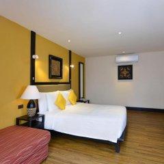 Отель Andaman White Beach Resort 4* Улучшенный номер с двуспальной кроватью фото 4