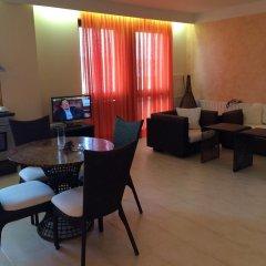 Отель Oasis VIP Club Болгария, Солнечный берег - отзывы, цены и фото номеров - забронировать отель Oasis VIP Club онлайн питание фото 2